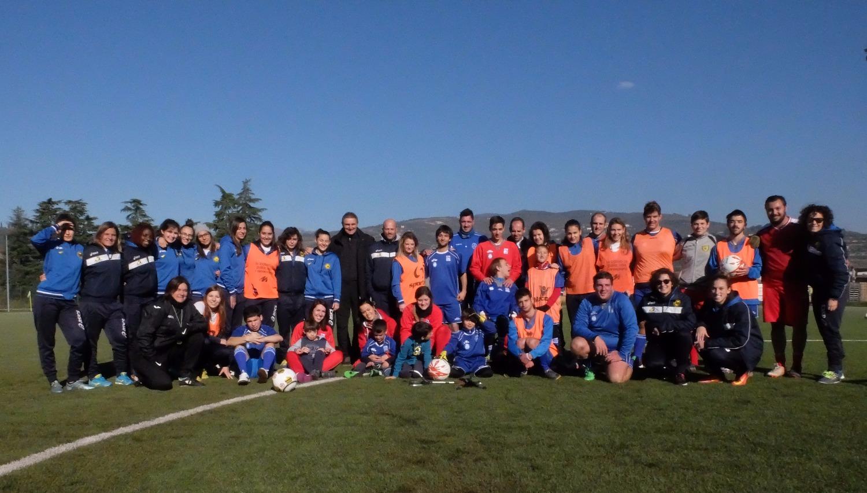 Fortitudo Mozzecane e «Insuperabili» giocano insieme. Boni: «Calcio e disabilità, binomio vincente»