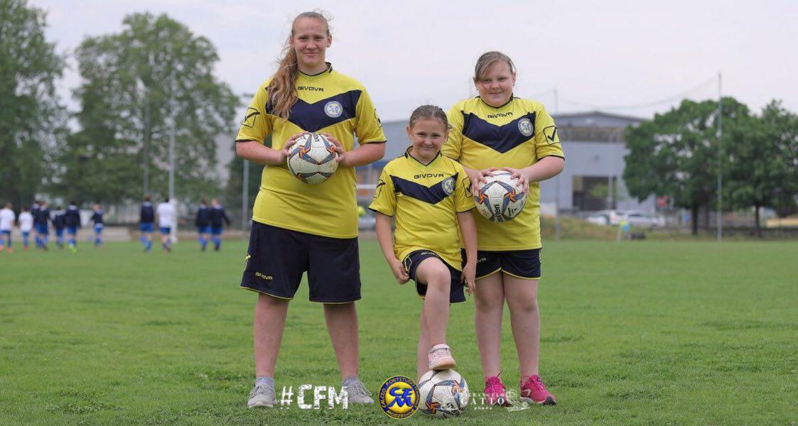 Tre sorelle, tre calciatrici, tre gialloblù